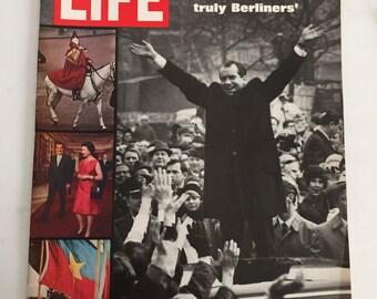 Life Magazine March 7, 1969 : Cover - Photo of President Richard Nixon in Berlin.