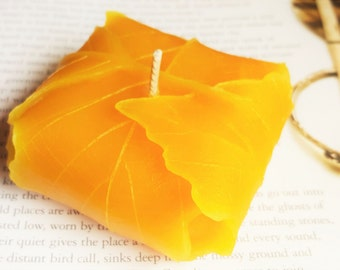 Beeswax Candle - Elven Leaf Candle - Handmade Candle, Leaf Decor, 100% Beeswax Candles, Bread, Wedding Candle, Nature Decorative Candle