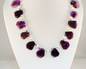 Amethyst necklace with cultured pearls and Swarovski crystals