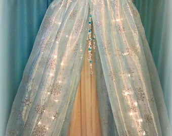 Bed Canopy-Princess Bedroom-Frozen Bedroom-Decorations For Girls Room-Princess Room-Canopy For Girl-Reading Nook-Bed Tent-Girl Bedroom Decor
