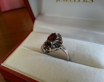 Vintage Sterling Silver, Garnet and Marcasite Ring