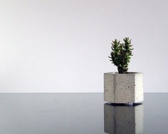 Hexagon concrete planter, Cactus planter, Succulent planter, Flower pot, Concrete pot, Modern planter, Hexagon planter