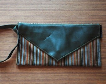 Pouch / bag / envelope olive green leather and corduroy stripes recycled handmade in Quebec