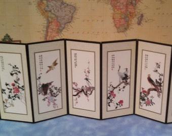 Oriental Art Deco Native Writing Accordion Fold Out Floral and Bird Decor Collectible Memorabilia