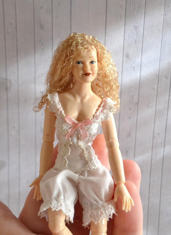 Wig Dollhouse Doll 17