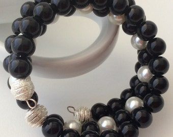 Unique, individualised Czech beaded bracelets