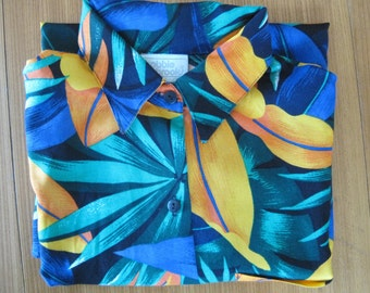 Hawaiian Shirt, Woman's Size M 12/14, Bobbie Brooks, Made in USA, 100% Rayon