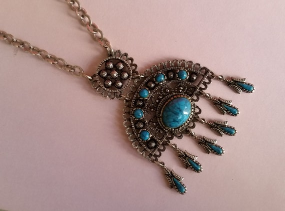 Vintage Southwestern / Native American Turquoise and Silver Statement Necklace | 1970's Bohemian / Boho
