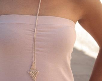 Bowtie. Ceramic pendants + loop to crochet