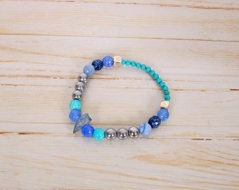 Blue elastic bracelet