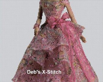 Elegant Lady #124 Cross Stitch Chart