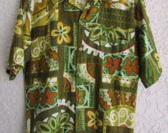 HAWAIIAN CAMP SHIRT Barefoot in Paradise vintage men's Short Sleeve Size Small