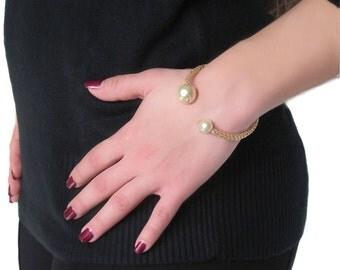 Gold pearl cuff bracelet, wire crochet bangle, handmade modern wristband, pearl wedding bracelet