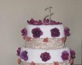Customizable towel cake
