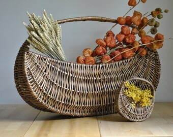 Vintage Wicker baskets