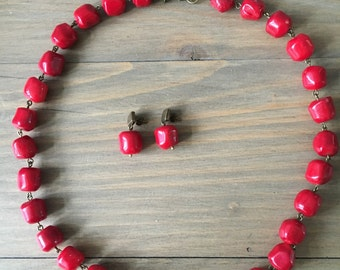 Dark red coral nuggets set - short necklace and earrings