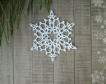 Holiday decor Christmas in july Snowflake ornament Christmas tree decoration Festive home decor Xmas decor Tatted snowflakes Shabby style