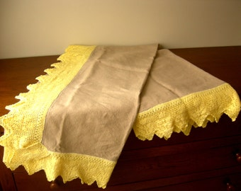 Pure linen tablecloth with hand knitted cotton edge lace crochet