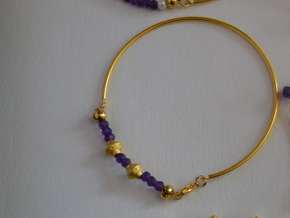 Gold Thin Bangle Bracelet with Amethyst Beads and Gold Charms, Lobster Clasp , 22k Gold Plated , 7.5 inches (18.5 cm)