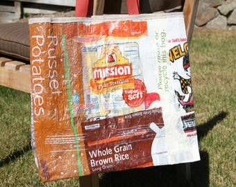 Reuseable shopping bag made from recycled plastic bags; farmer's market tote; reuseable market tote; reuseable grocery bag; beach bag
