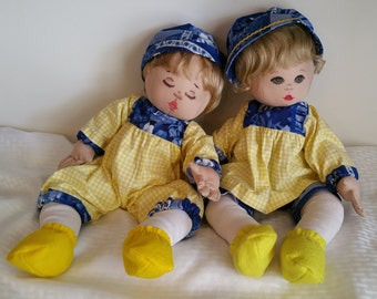 Handmade Dolls Yellow Blue Decorative Dolls Twins Blond Hair Blue Eyes Cute Faces Cheerful Realistic Gingham Floral