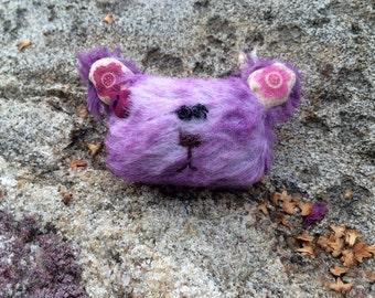 Teddy bear brooch - lavender
