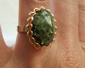 Vintage Costume Jewelry ring/Green multi-stone oval with Gold plated adjustable ring/statement ring