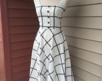Vintage Inspired Plaid White Navy Dress With Pockets