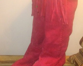 Beautiful red suede fringe boot