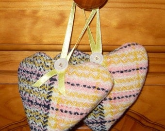 Rustic country sweet smelling lavender filled hearts.