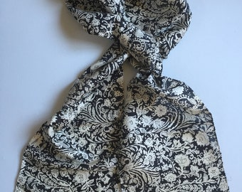 Black and White Printed Silk Scarf, Flower and Leaf scarf, Silk Scarves, 100% pure silk scarf, Approx 9x70 inches