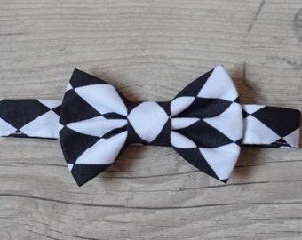 Bow tie White Black Harlequin Print Birthday bow tie Wedding bow tie Toddler bow tie Baptism bow tie Page boy bow tie