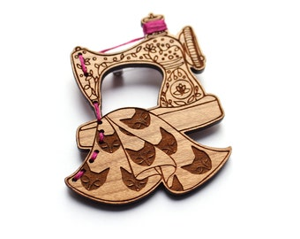 Sewing Machine Brooch- CUSTOM thread COLOURS AVAILABLE - Wood laser cut illustration embroidered