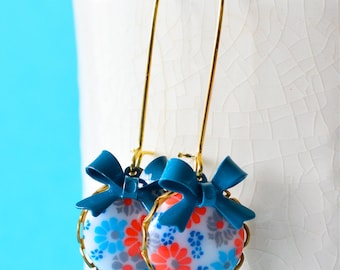 Vintage Floral Blue Earrings,Mod Earrings with Floral Blue Cabochon and Bow Teal Dangles, Retro Floral Earrings, 60's Style Earrings