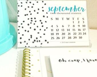 405 off - 2016 Desk Calendar Dotted