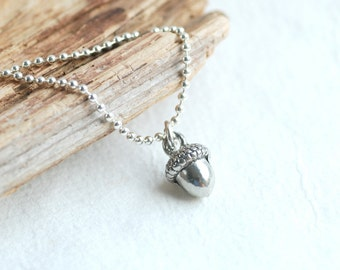 Acorn Necklace, Autumn Jewelry, Charm Necklace, Autumn Wedding, Pewter Acorns, Woodland, Nature Jewelry, Acorn Pendant, Sterling Silver