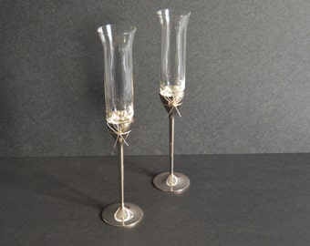 Vera Wang Wedgwood Love Knots Toasting Flutes {Wedding Toast Flute Pair Set of 2 Gift Drinkware Barware Cocktail Bar Cart Champagne Glasses}