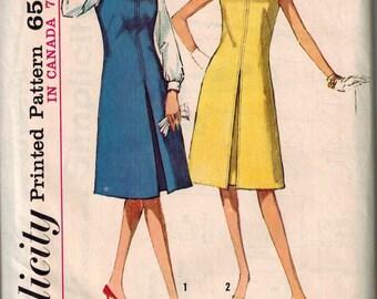 1964 Simplicity 5393 Retro Dress Sewing Pattern Vintage Size 14 Reverse Pleat
