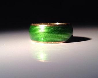 1970 Tiffany & Co. 18K Gold Green Enamel Ring 750 Gold Size 5.25