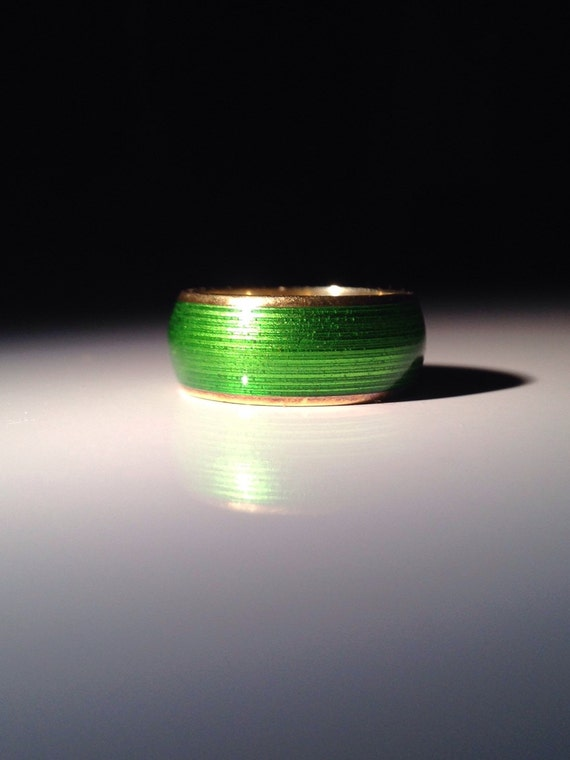1970 Tiffany & Co. 18K Gold Green Enamel Ring 750 Gold Size 5.25