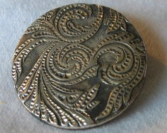 ANTIQUE Swirl Silver Metal BUTTON