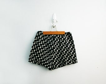 vintage 70s House KEY Knit Polyester Handmade Ladies Shorts // M/L