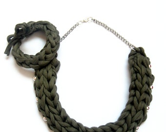 Army Green Knitted Necklace, Army Green Tshirt Yarn Necklace, Olive Green Necklace, Green Accessories, Green Jewelry, Woven Necklace.