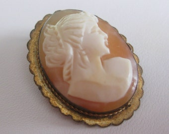 Cameo Brooch Pink Shell Pin Pendant Marked PAB Vintage FREE SHIPPING