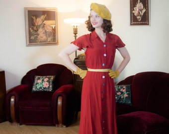 Vintage 1940s Dress - Charming Rust Red Rayon Early 40s Day Dress with Fluttering Butterfly Sleeves and Black Detailing