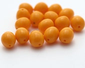 Vintage Opaque Light Orange Lucite Oval Nugget Beads 14mm (14)