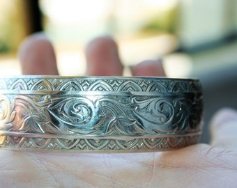Vintage Art Deco Sterling Silver Cuff  Bracelet with Floral  Design Just Beautiful