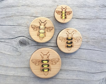 "Honey Bee Button, Card of 4 (5/8"", 3/4"", 1"" or 1.25"") Bamboo Buttons"