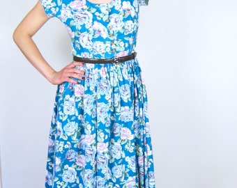 Perfect Blue Floral 90's Day Dress