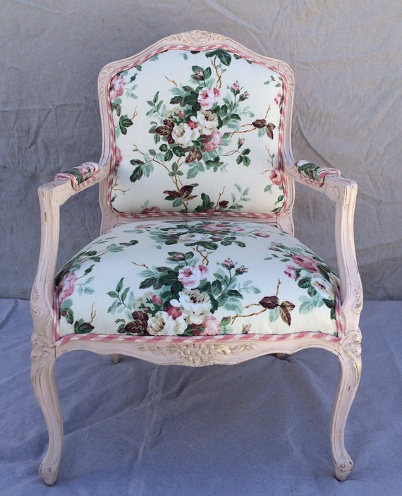 Vintage Upholstered Beregere In Pink Rose Chintz Shabby Chic